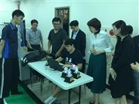 周憶參訪本校智慧自動化與機器人中心