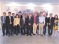 國際學院院長王高成率團前往印度尼赫魯大學參加研討會
