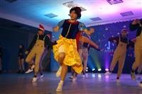 舞蹈研習社舉辦期末 小家成發