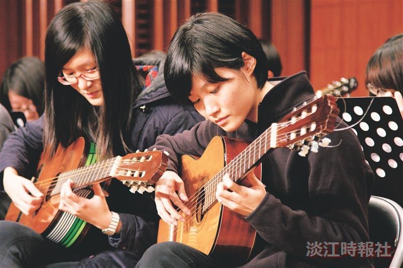 古典吉他期末成發 好個弓玄心青逸致