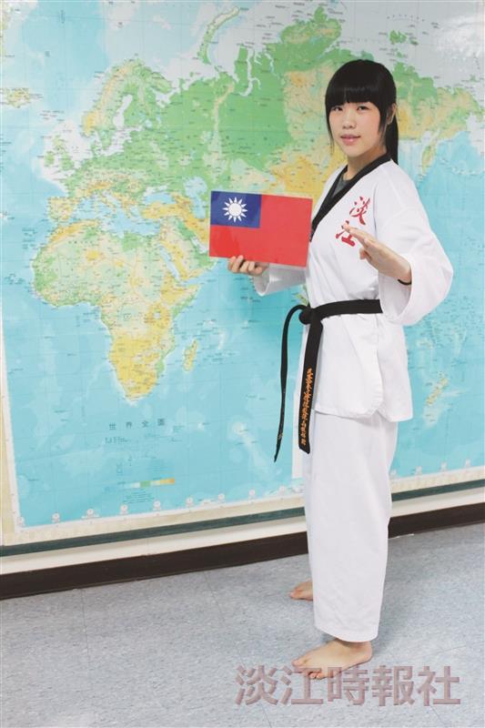 法文二吳逸慈 青年大使遠航 圓國際外交夢