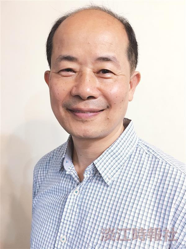 機器人博士學位學程主任翁慶昌