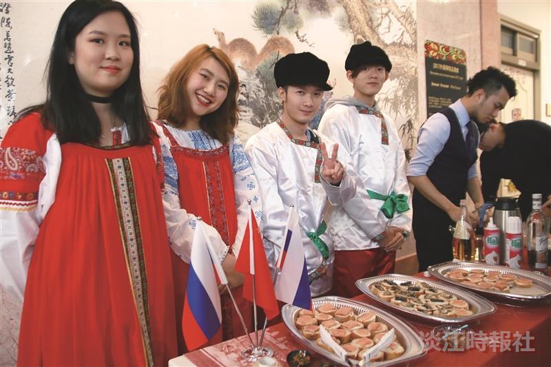 外語學院體驗各國品酒文化