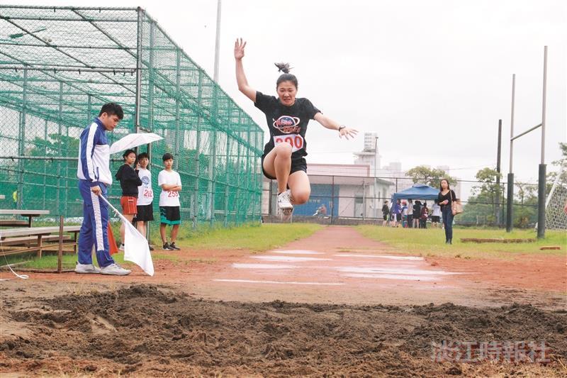 男、女400公尺計時決賽