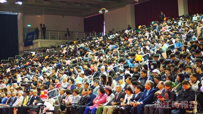 【校園嘉年華】11/4(六)am09:00-10:00校慶慶祝大會