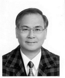 中國文學系系主任 張雙英