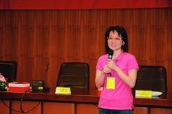 台中榮民總醫院護理師林仙艾分享袋鼠圈的成果。