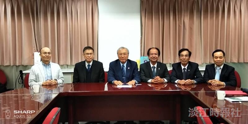 理學院與越南胡志明技術大學、大叻大學、西原大學簽訂學術交流協議書