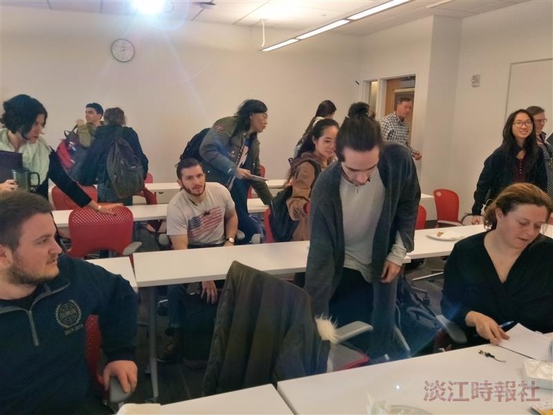 姊妹校美國波士頓沙福克大學交流招生分享會