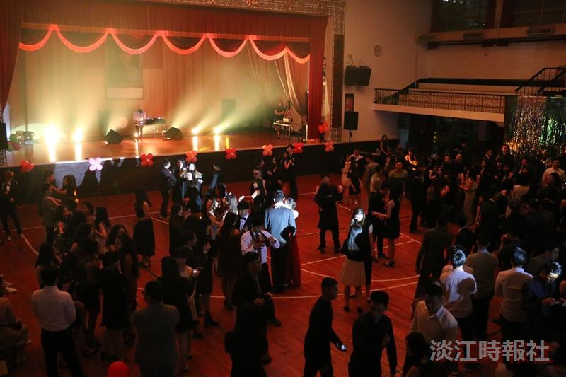 國際大使團舉辦Christmas party