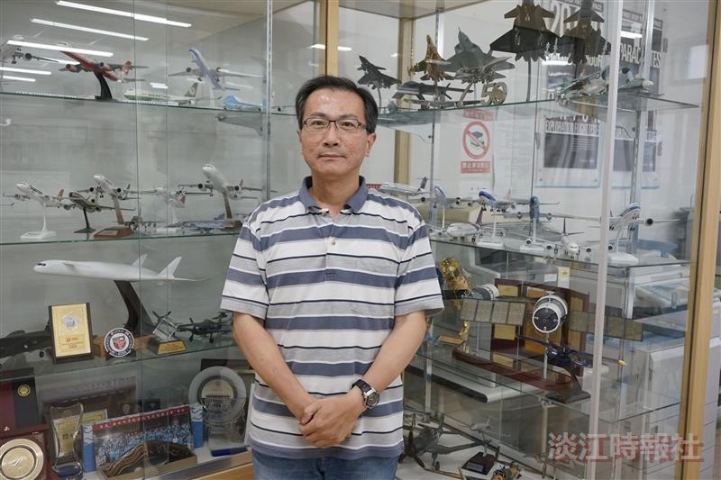 航太系教授王怡仁獲106學年度教師評鑑優等獎