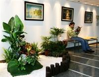優雅的氣氛,加上生機盎然的園藝,再結合科學務實的精神,多了休憩空間的科學館,頗具人文氣息。(圖�黃士航)