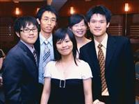 「海之頌」歌唱賽團體組冠軍,由合唱團團員組成。(圖�洪翎凱)