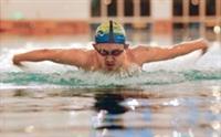 謝欣穎 游泳挑戰自我極限