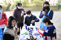諮輔組4/15.16舉辦「芳香手作護手霜」活動