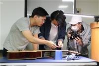 音樂文化社「大師教你如何在兩小時內成為吉他大師」