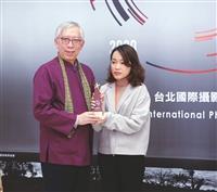 大傳系李昱賢3生國際攝影賽優勝