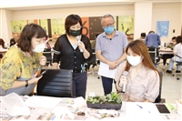 學務處5/26與綠療師有約自製生態盆