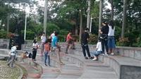 登山體育課 驚聲廣場示範