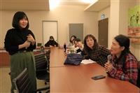 學務處+大傳系舉辦「手做節氣農民曆」活動,邀請《秋刀魚》總編輯陳頤華開講