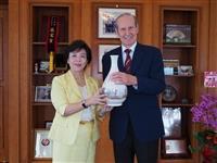 10/23 (二) 熊貓講座 Prof. Heinz Brandl