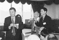 由物理系所舉辦的尖端科學研討會,邀請到李遠哲(左圖)、丁肇中(右圖左)兩位諾貝爾獎得主來校演講。(記者陳亭谷攝)
