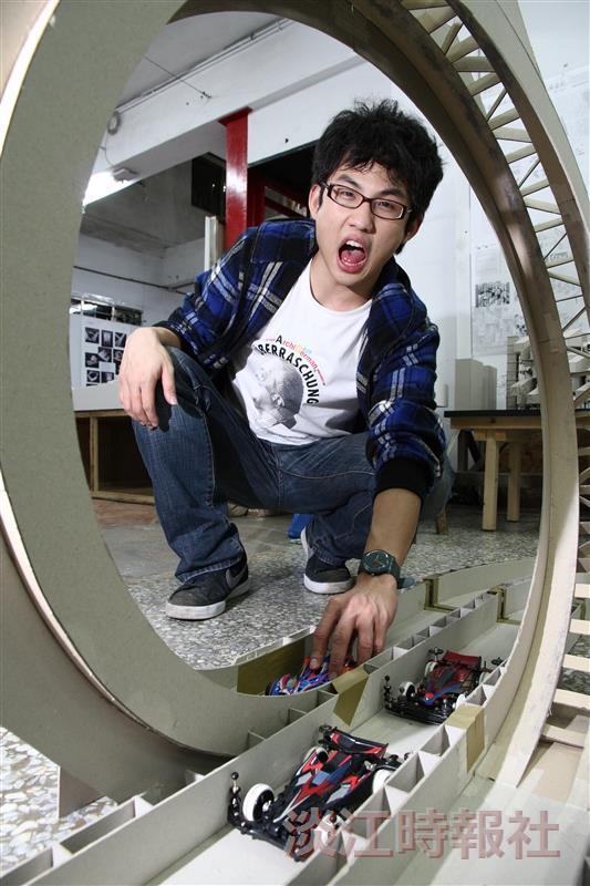 熱血大男孩李晨維,將孩童時的夢想用建築專長一一實現。