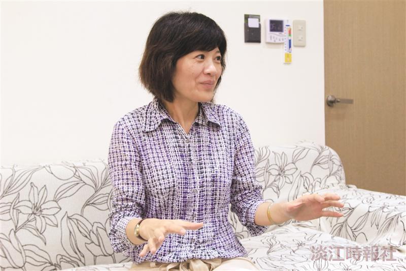 教育科技學系系主任張瓊穗