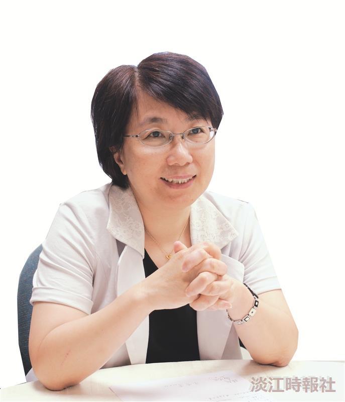 覺生紀念圖書館館長宋雪芳 帶領優秀團隊扮演文化角色建立移動式圖書館