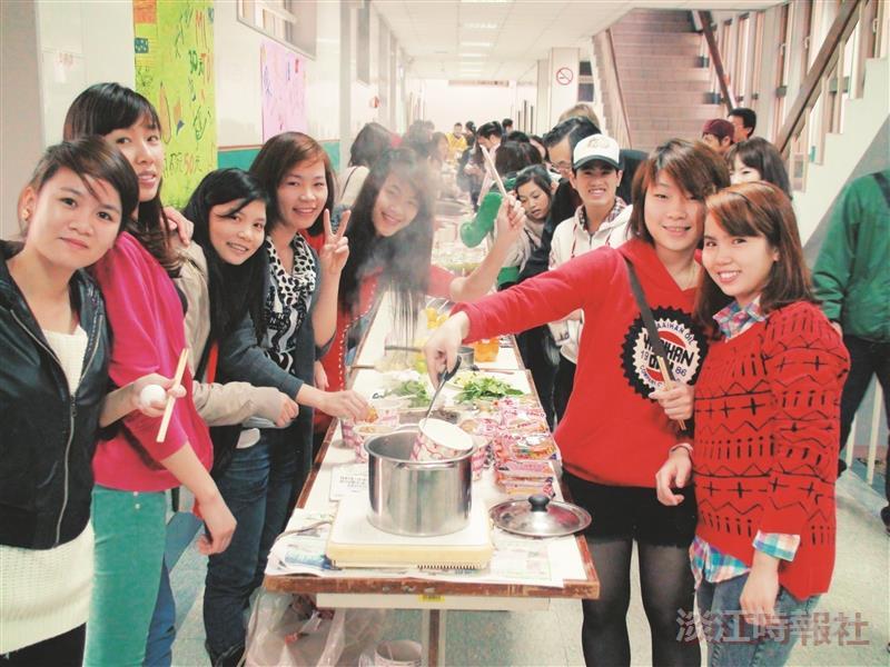 華語中心 用美食提早歡度聖誕