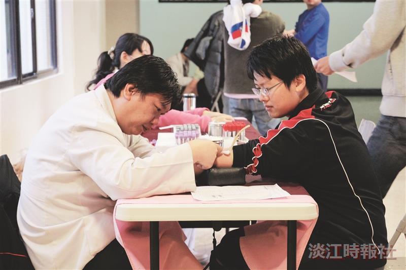 為實驗室把關 310師生免費健檢 羅孝賢:落實OHSAS 促進安全與健康