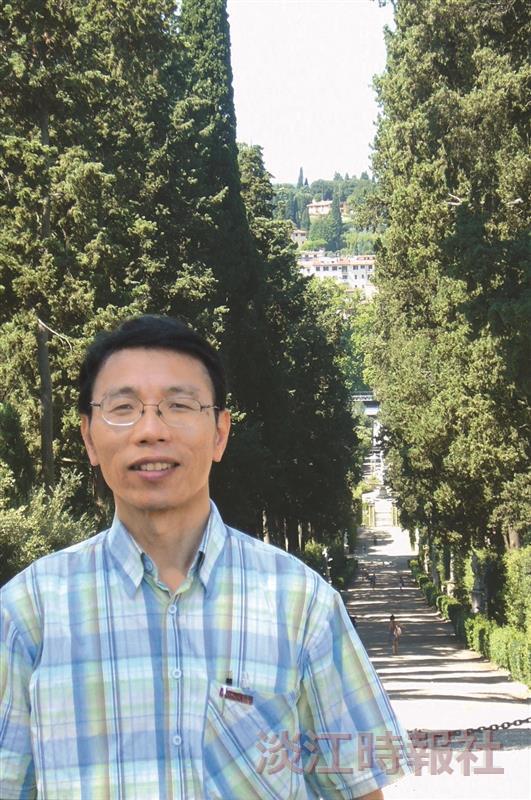 資訊科技使用行為研究中心主任 周清江
