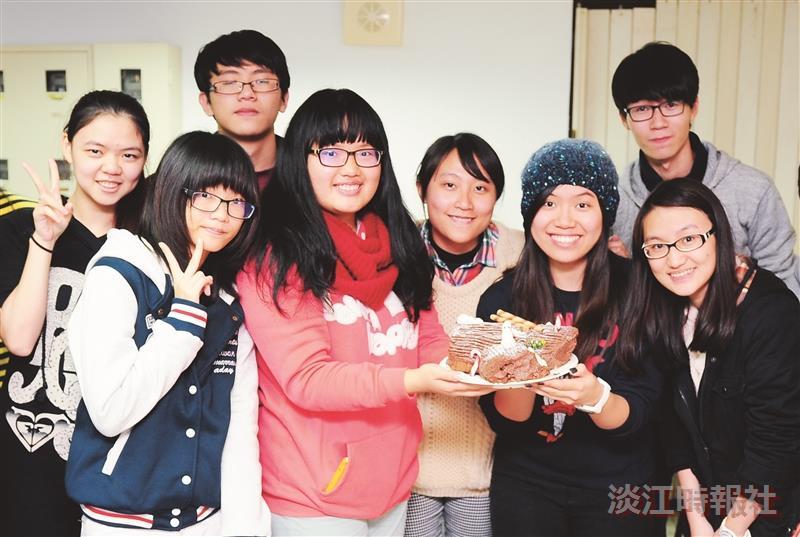 烹飪社 法式耶誕樹幹蛋糕