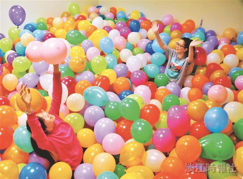 氣球密室尋寶 好happy