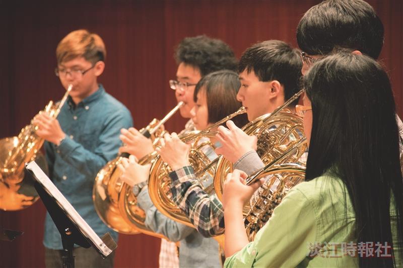 管樂社期中音樂會找回音樂悸動