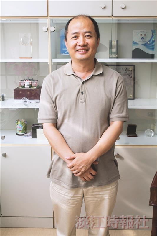 資訊處資訊長郭經華