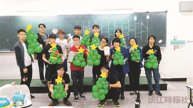 氣球社 創意耶誕樹吸睛