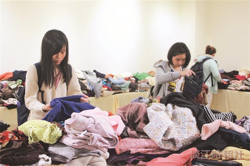 女聯會舊衣義賣 13萬捐助弱勢