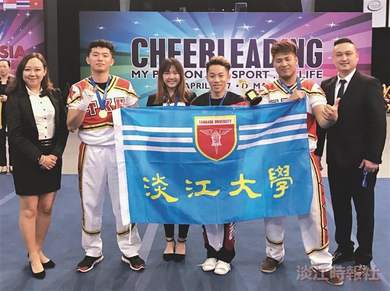 王俊皓新加坡亞洲啦啦隊賽奪冠