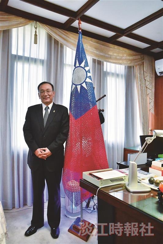 西語系校友外交部常務次長劉德立