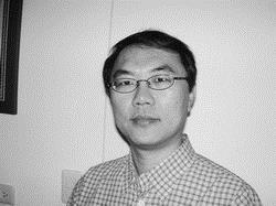 產業經濟學系系主任 林俊宏
