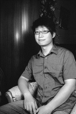 中文系博士生張韶祁熱愛古典詩,是國內古典詩創作賽的常勝軍。(圖�黃士航)