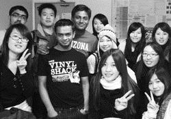 各國留學生常在一起聚餐,感情融洽。(圖�陳俐安提供)