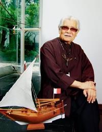李奇茂所訂購的模型船,為2千年前波斯灣之傳統漁船,該模型船將贈海事博物館展覽。(陳振堂攝影)