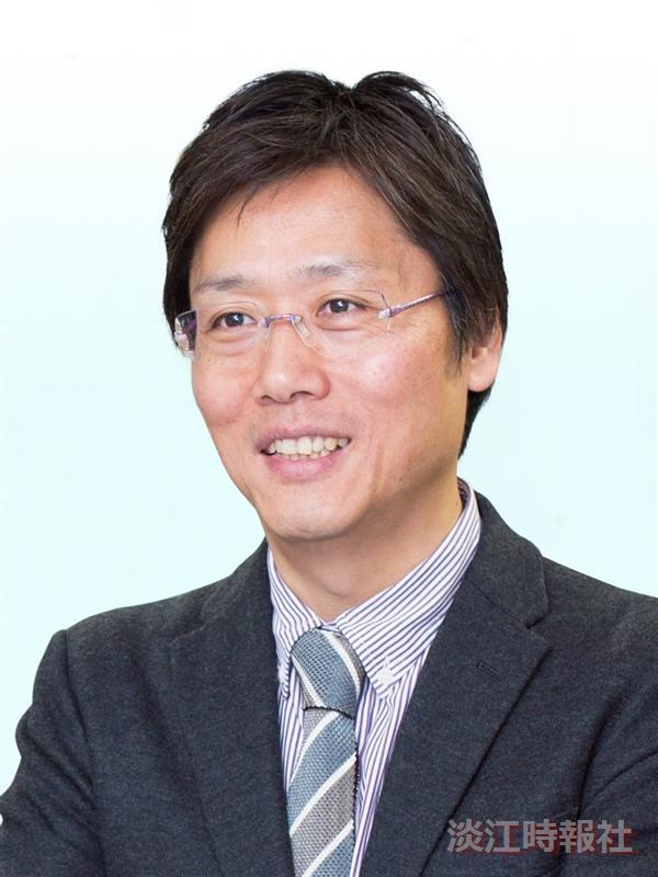 化學系熊貓講者安達千波矢