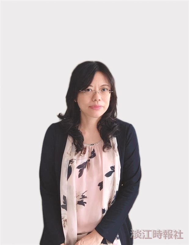 資圖系副教授林雯瑤