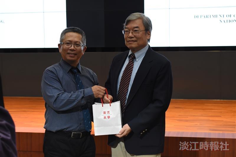 水環系熊貓講座邀請新加坡大學副校長劉立方蒞臨演講