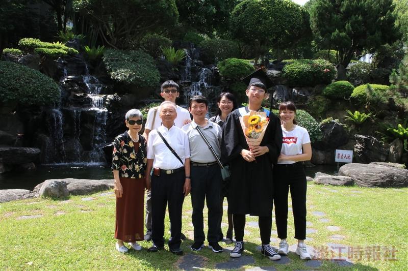108 畢業典禮 _ 廖英圻