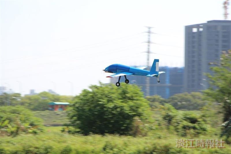 航太系試飛無人飛行載具uav實驗室試飛無人機