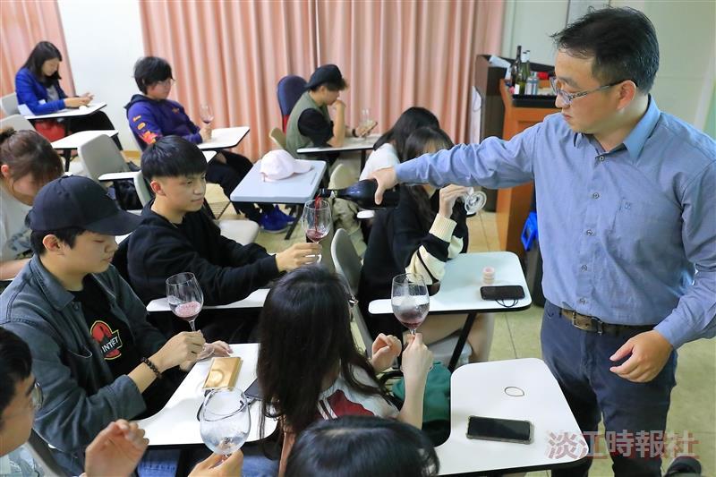 吧研社邀請品酒師鄭寯囈主講「如何品出一杯好酒」
